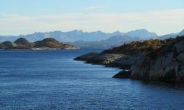 Norwegische Küstenlinie stockbilder