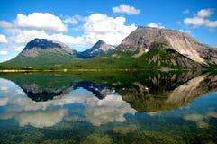 Norwegische Reflexionen lizenzfreie stockfotos
