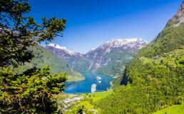 Norwegischer Fjord Geiranger Norwegen lizenzfreie stockbilder