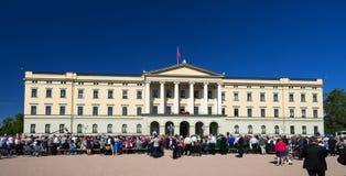 Norwegischer Konstitutions-Tag mit Royals Lizenzfreies Stockbild