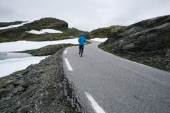 Norwegischer szenischer Weg Aurlandsfjellet Stockbild