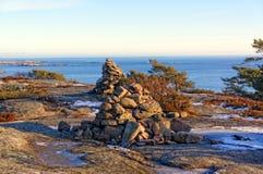 Norweski kopiec spowodowany przez człowieka sterta kamienie lub stos Obraz Royalty Free