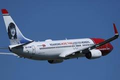Norweski Lotniczej linii samolot lata różnorodni miejsce przeznaczenia fotografia royalty free