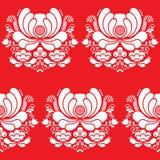 Norweski ludowej sztuki bielu bezszwowy wzór na czerwonym tle Obraz Royalty Free