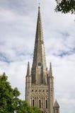 Norwich domkyrkatornspira fotografering för bildbyråer