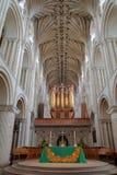 NORWICH, GROSSBRITANNIEN - 5. JUNI 2017: Das pulpitum und der Altar in Norwich-Kathedrale Lizenzfreies Stockbild