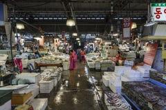 Noryangjin rybołówstw Hurtowy rynek 24 godzina rynku ove Zdjęcie Stock