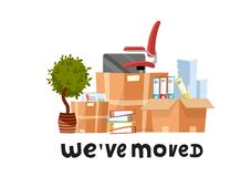 Nos hemos movido - mano dibujada poniendo letras a cita Muchas cajas de cartón abiertas con los materiales de oficina - carpetas, libre illustration