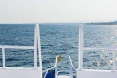 Nos jacht podczas żeglowania na morzu Obraz Royalty Free
