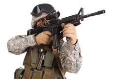 Nosotros soldado con el rifle Foto de archivo