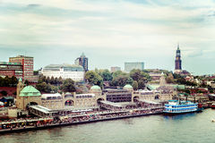 Nostalgia nelle nave-atterraggio-fasi famose nel porto di Amburgo Fotografia Stock Libera da Diritti
