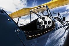Nostalgisch de Cockpitbeeld van bi-Vleugelvliegtuigen Royalty-vrije Stock Foto's