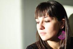 Nostalgische schöne junge Frau Stockfotos