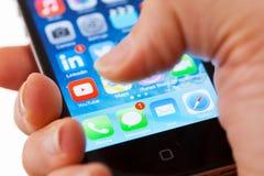 Notícia App da BBC em um iPhone Foto de Stock