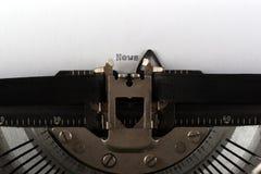 Notícia de datilografia da máquina de escrever fotos de stock royalty free
