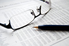 Notícia financeira imagem de stock