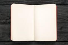 Nota abierta sobre la opinión de sobremesa de madera negra fotos de archivo