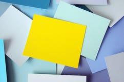 Nota amarilla Fotos de archivo libres de regalías