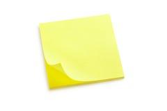 Nota amarilla de la etiqueta engomada Fotos de archivo libres de regalías
