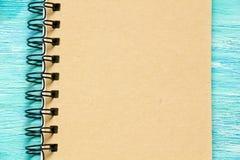 Nota con el texto manuscrito del cuaderno Fotos de archivo libres de regalías