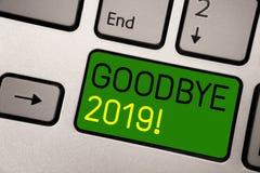 Nota da escrita que mostra adeus 2019 Foto do negócio que apresenta o gre do teclado da transição de Eve Milestone Last Month Cel ilustração do vetor