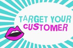Nota da escrita que mostra a alvo seu cliente Consumidores apresentando do potencial de Marketing Pitch Defining do alfaiate da f ilustração do vetor