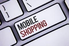 Nota da escrita que mostra a compra móvel Compra tecnologico de compra apresentando dos produtos da foto do negócio em linha vend Foto de Stock Royalty Free