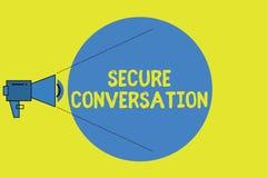 Nota da escrita que mostra a conversação segura Foto do negócio que apresenta uma comunicação cifrada fixada entre serviços de We ilustração stock