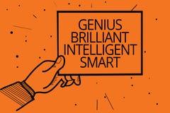 Nota da escrita que mostra a gênio Smart inteligente brilhante Foto do negócio que apresenta a mão brilhante inteligente h do hom ilustração royalty free