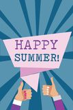 Nota da escrita que mostra o verão feliz Abrandamento apresentando Sunny Season Solstice Man morno da luz do sol das praias da fo ilustração royalty free