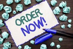 Nota da escrita que mostra a ordem agora Registro apresentando do produto da loja da promoção de venda do negócio da ordem de com foto de stock royalty free