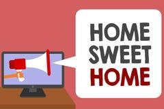 Nota de la escritura que muestra el hogar dulce casero Foto del negocio que muestra en holdi relajado del hombre del tiempo de la ilustración del vector