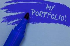 Nota de la escritura que muestra a mi cartera llamada de motivación Muestras de exhibición de la foto del negocio de azul intrépi foto de archivo libre de regalías