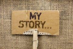 Nota de la escritura que muestra mi historia Cartera de exhibición del perfil de la historia personal del logro de la biografía d imagen de archivo libre de regalías