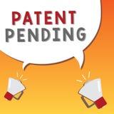 Nota de la escritura que muestra la patente pendiente Petición de exhibición de la foto del negocio archivada ya pero no todavía  stock de ilustración
