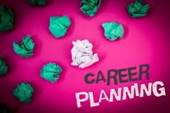 Nota de la escritura que muestra la planificación de la carrera Foto del negocio que muestra la estrategia educativa Job Growth T Foto de archivo