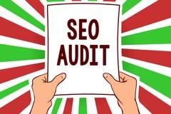 Nota de la escritura que muestra a Seo Audit Optimización de exhibición del Search Engine de la foto del negocio que valida y que stock de ilustración
