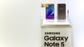 Nota 5 de la galaxia de Samsung Fotografía de archivo libre de regalías