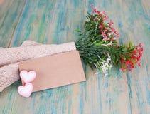 Nota de papel com flores Imagem de Stock Royalty Free