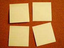 Nota de post-it cuatro imagenes de archivo
