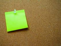 Nota de post-it verde Fotos de archivo libres de regalías
