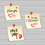 Nota de Valentine Day Stickers Set Typography con el texto y Pin On Wooden Textured Background dibujados mano ilustración del vector