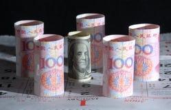 Nota del dinero en circulación de China los E.E.U.U. Foto de archivo