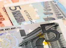 Nota dell'euro cinque Fotografie Stock