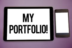 Nota di scrittura che mostra alla mia cartella chiamata motivazionale Foto di affari che montra i campioni telaio di fotografia d Immagine Stock