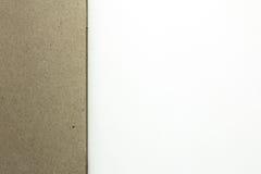 Nota en blanco con el papel marrón Foto de archivo libre de regalías