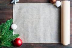 Nota en blanco para las recetas de las tortas de la Navidad Preparación Gingerbre Fotografía de archivo libre de regalías