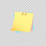 Nota pegajosa amarilla aislada en fondo transparente Foto de archivo libre de regalías