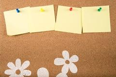 Nota pegajosa de la nota a bordo Imagen de archivo libre de regalías