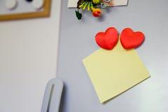 Nota sobre el refrigerador Fotos de archivo libres de regalías